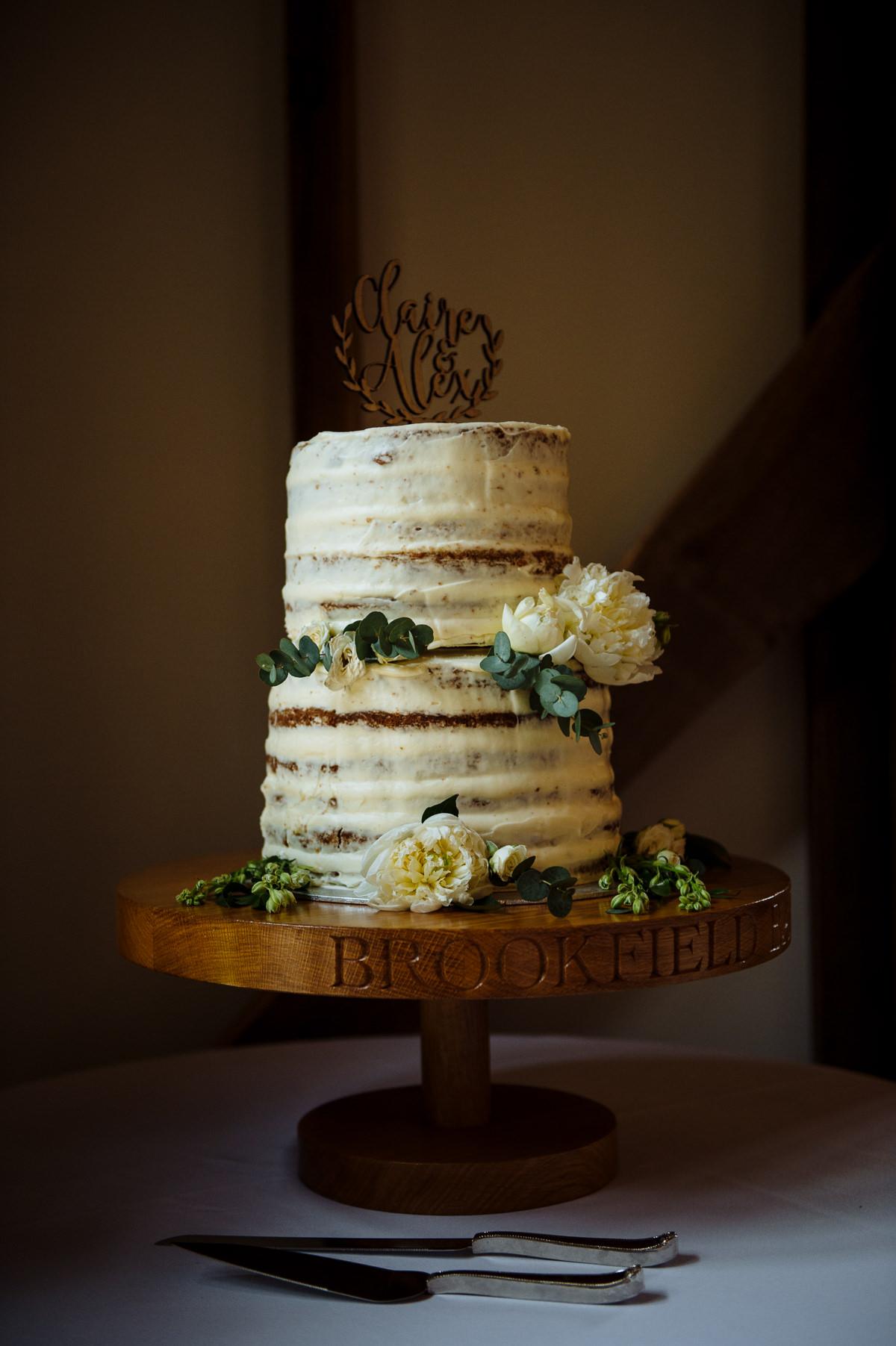 sussex-barn-countryside-wedding-venues-035