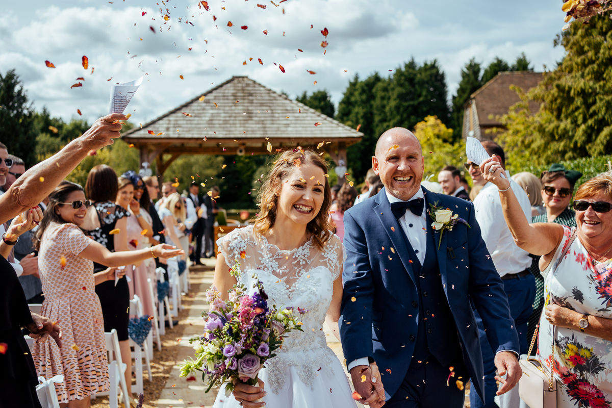 sussex-barn-countryside-wedding-venues-038-1